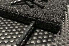Gummifliser-dyvler-kvadrat